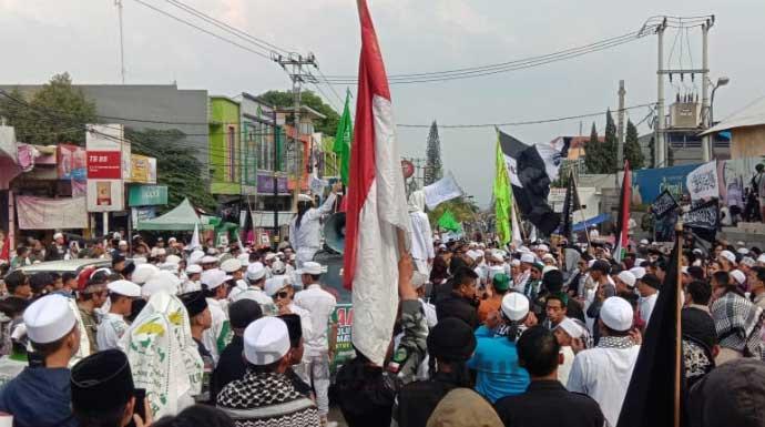 Ormas Islam Cianjur Menuntut Sukmawati Dihukum - JPNN.com