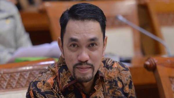 IPW Prihatin Sahroni NasDem Tak Mendukung Razia Pajak Mobil Mewah - JPNN.com