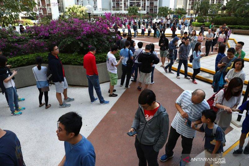 Pro-Demokrasi Menang Besar di Pemilu Hong Kong, Beijing Gigit Jari