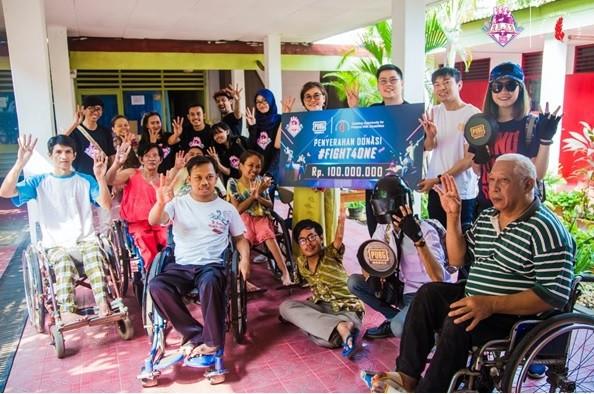 PUBG Mobile Serahkan Bantuan Rp 100 Juta kepada Yayasan Cheshire Indonesia - JPNN.com