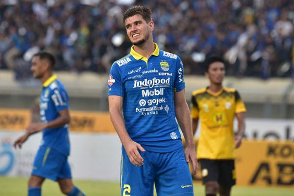 Bek Asing Persib Bandung Tak Sabar Jalani Latihan Bersama - JPNN.com