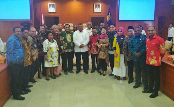 8 Kesimpulan Rapat Kerja Pansus Papua DPD RI Bersama Forkopimda Papua