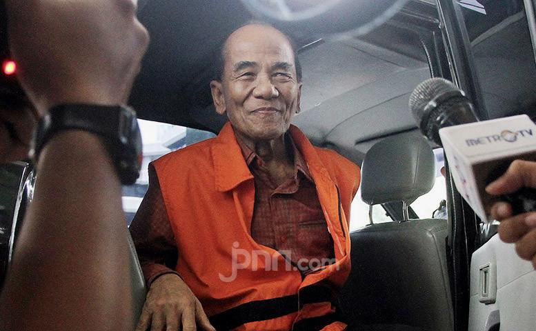 Jubir Gerindra Nilai Annas Maamun Layak Mendapatkan Grasi dari Jokowi - JPNN.com