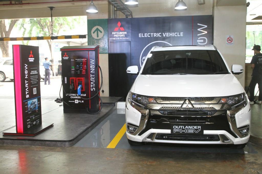 Berikut 16 Lokasi Pengecasan Mobil Listrik Mitsubishi, Gratis! - JPNN.com