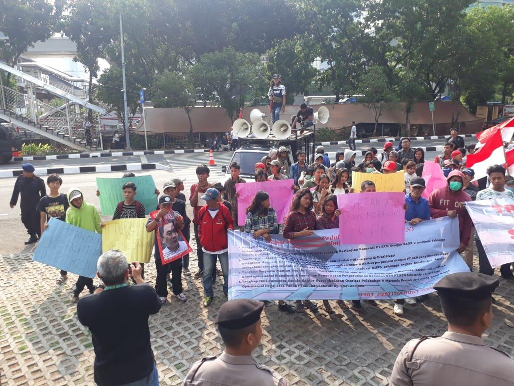 Ratusan Mahasiswa Desak KPK Usut Tuntas Dugaan Korupsi di PT KCN - JPNN.com