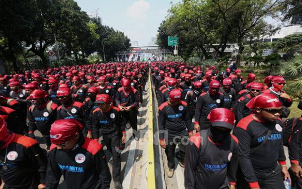 Buruh yang Tergabung dalam KSPI Ancam Mogok Nasional - JPNN.com