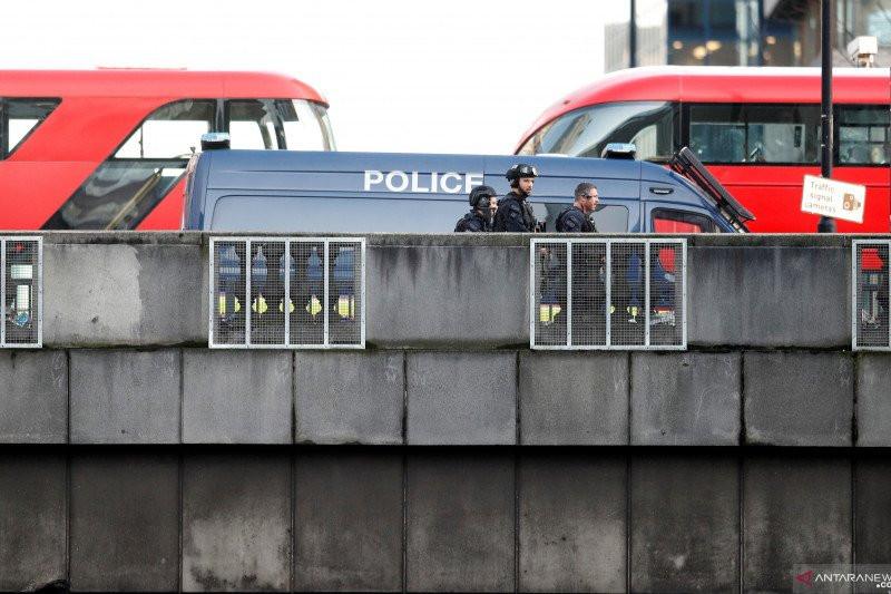 Polisi Inggris Khawatir Anak Muda Terpapar Radikalisme selama Masa Lockdown Corona - JPNN.com