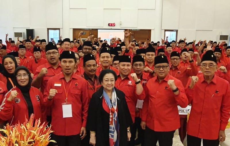 PDIP Sedang Berkuasa, Bu Mega Punya Pesan Penting untuk Kader Partainya - JPNN.com
