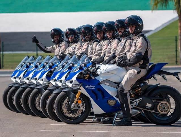 Wow! Polisi Dubai Pamer Ducati Panigale V4R - JPNN.com