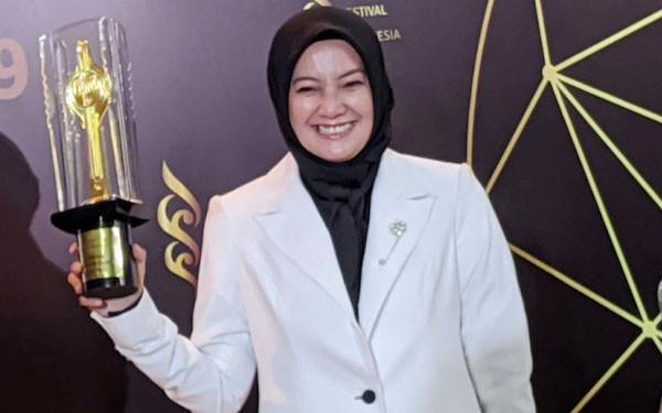 Selamat! Cut Mini Raih Piala Citra Pendukung Wanita Terbaik FFI 2019 - JPNN.com