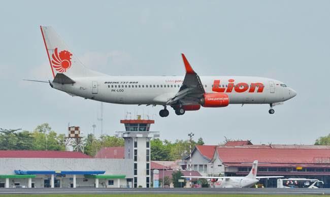 Dua Jemaah Umrah Wafat, Lion Air dari Jeddah Mendarat Darurat di Sri Lanka - JPNN.com