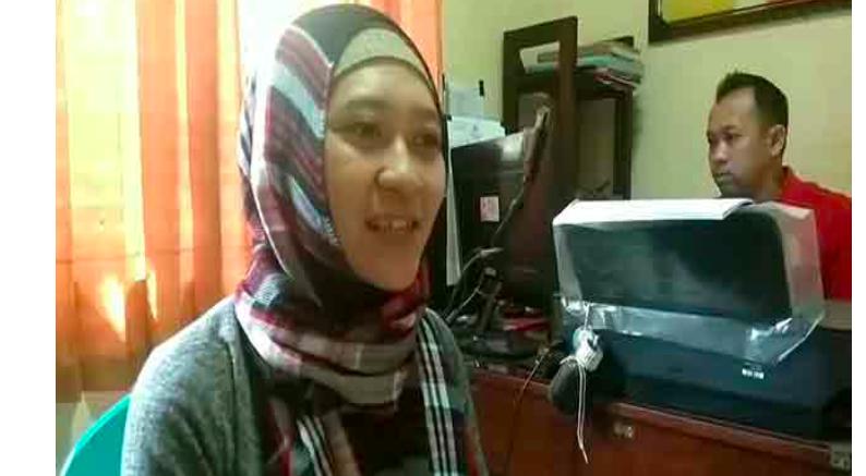 Aksi Menegangkan, Ibu Hamil Lawan Penjambret Handphone - JPNN.com