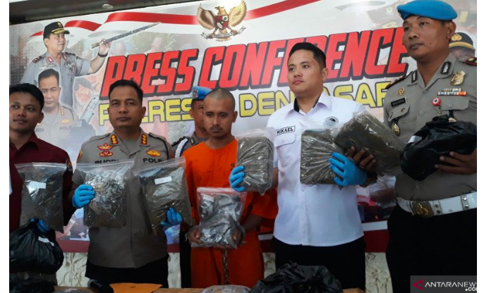 Kapolres Denpasar Perintahkan Anak Buah Tembak Mati yang Melawan Polisi - JPNN.com