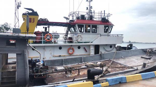Bakamla RI Kembali Tangkap Dua Kapal Yang Terlibat Perdagangan BBM Ilegal - JPNN.com