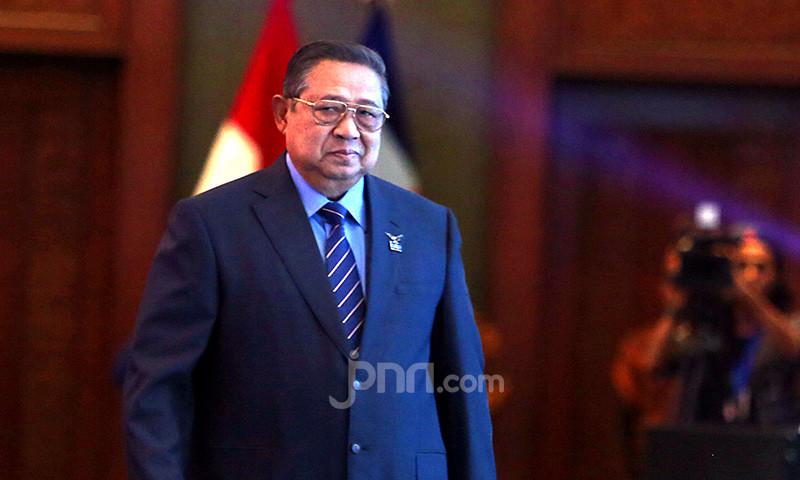 Makin Panas, SBY Turun Tangan, AHY Tetap Diserang - JPNN.com