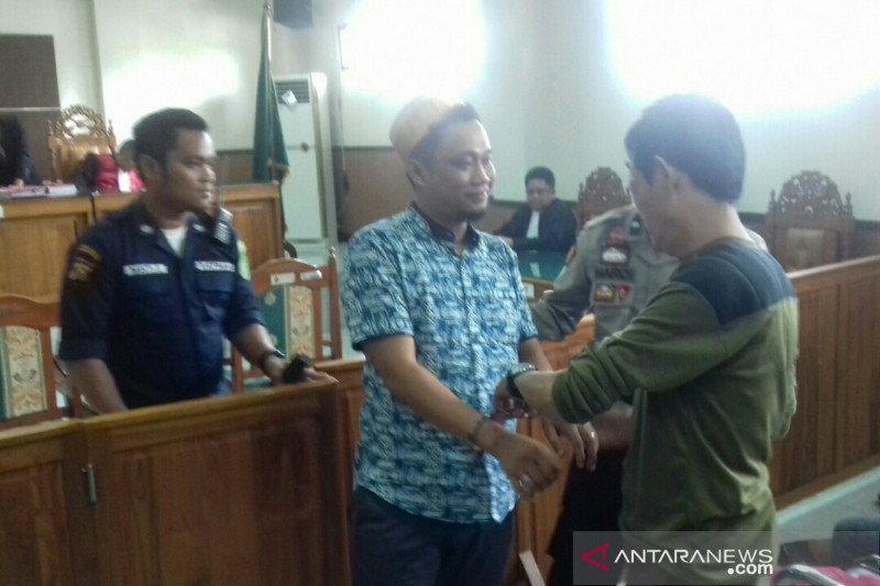 Tok, Hendra Yanial dan Rustam Rose Divonis Hukuman Mati - JPNN.com