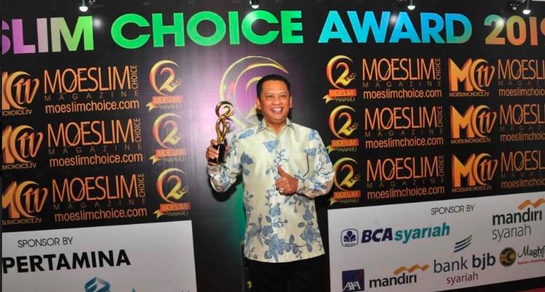 Bamsoet Raih Penghargaan Democracy Award - JPNN.com