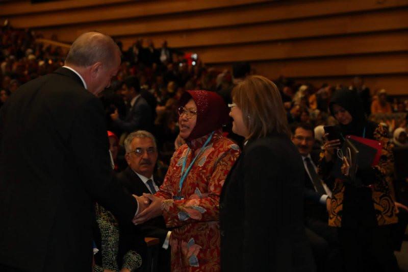 Presiden Erdogan Mengaku Terinspirasi Keberhasilan Bu Risma di Surabaya - JPNN.com