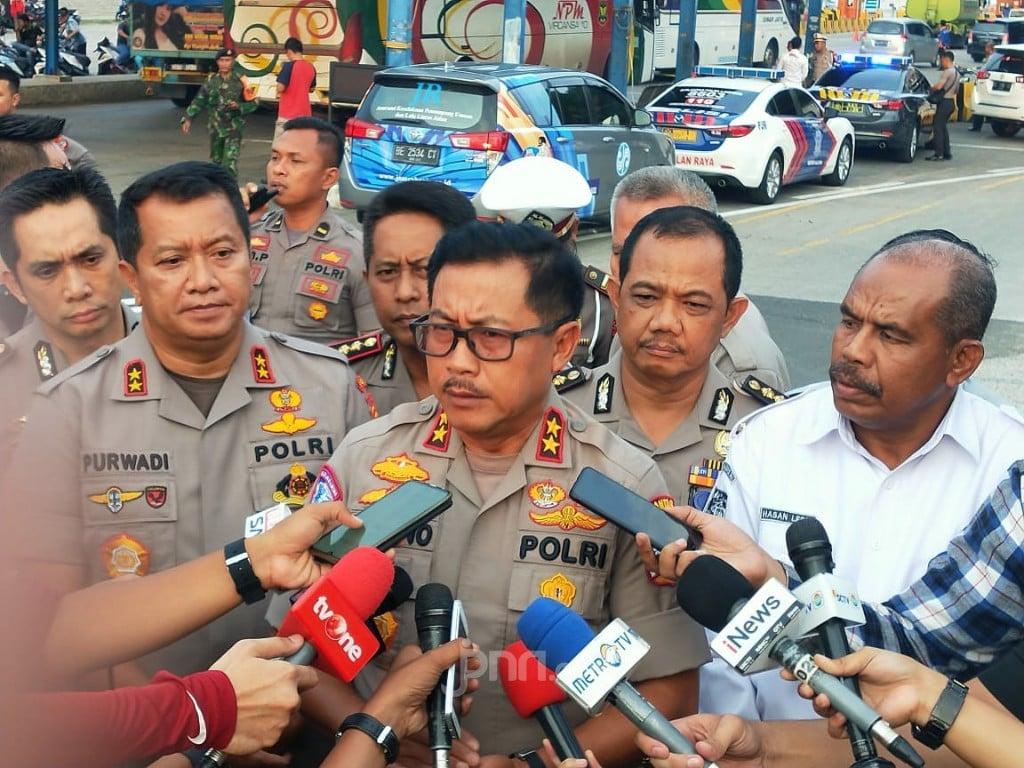 Ribuan Kendaraan Disuruh Putar Balik Oleh Polisi, Siapa Mau Menyusul? - JPNN.com