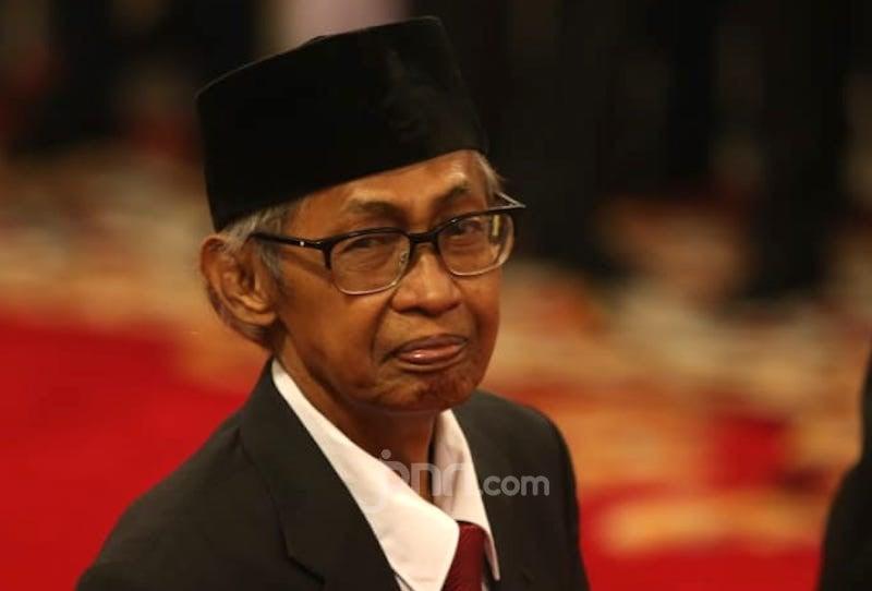Sosok Artidjo Alkostar Sang Algojo para Koruptor di Mata Jokowi dan Mahfud MD - JPNN.com