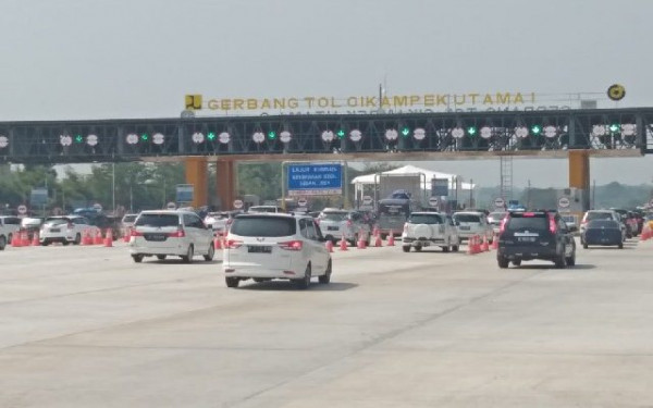 H-1 IdulAdha, Sebanyak 192 Ribu Kendaraan Tinggalkan Jakarta - JPNN.com