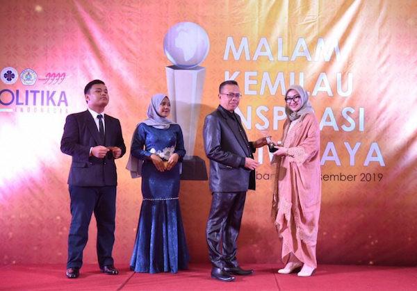 Senator Amaliah Raih Penghargaan Perempuan Inspiratif Indonesia 2019
