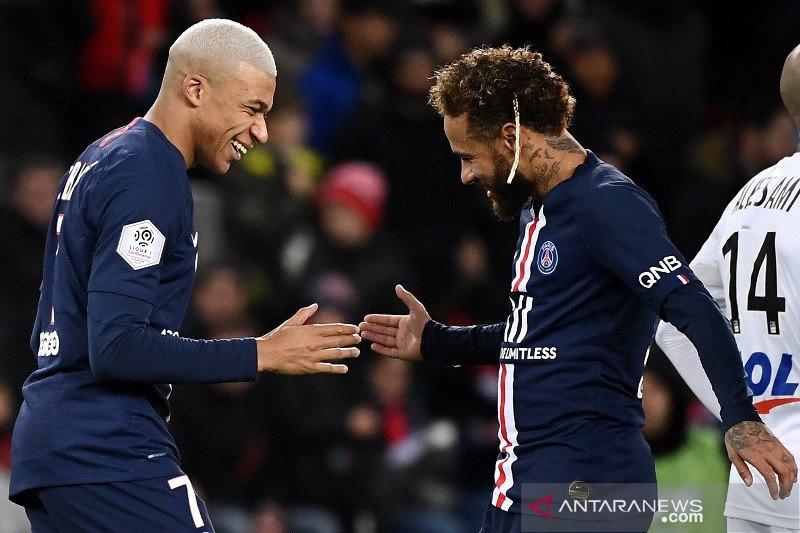 Bursa Transfer: Neymar ke Juventus, Winger Maut ke MU - JPNN.com