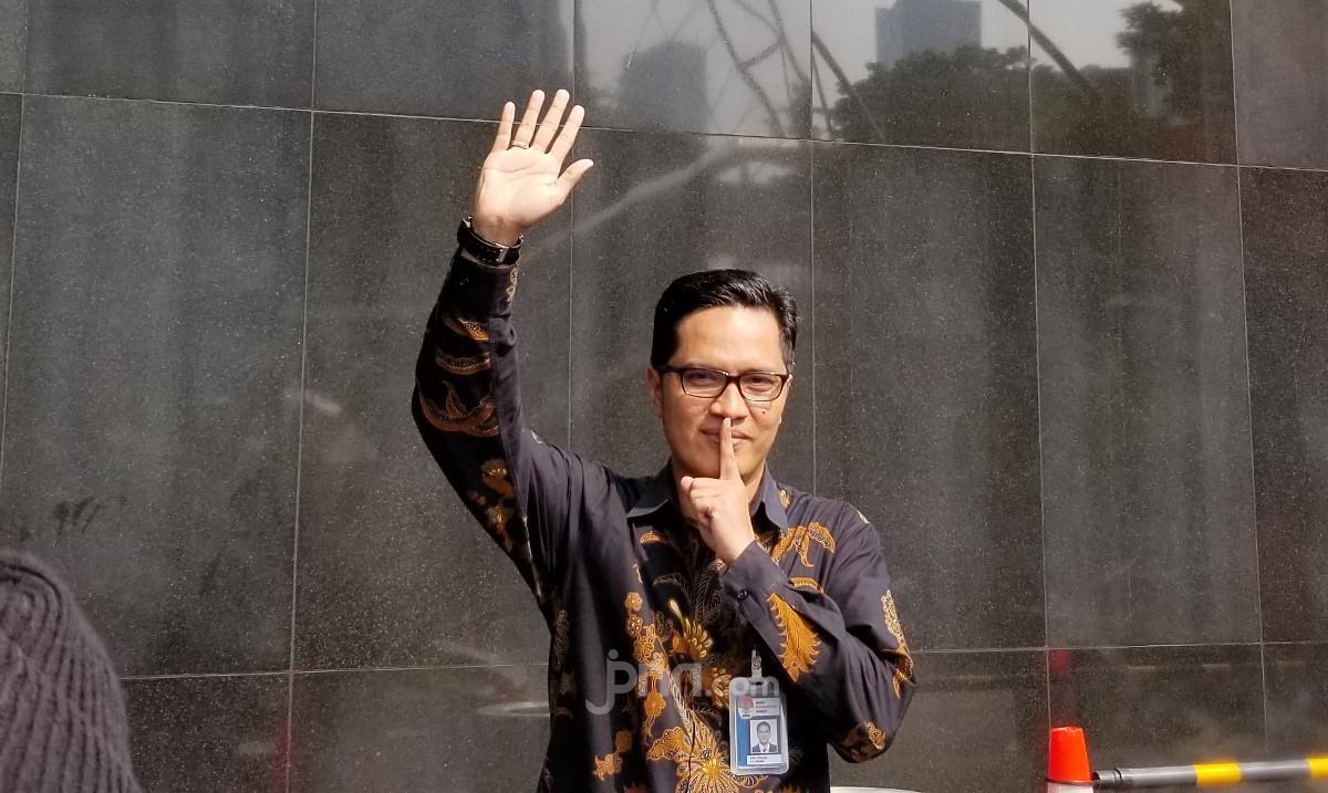 Febri Diansyah Mundur dari KPK, Selanjutnya Mau ke Mana? - JPNN.com