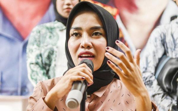 Medina Zein Jawab Klarifikasi Laudya Cynthia Bella Soal Kisruh Bandung Makuta - JPNN.com