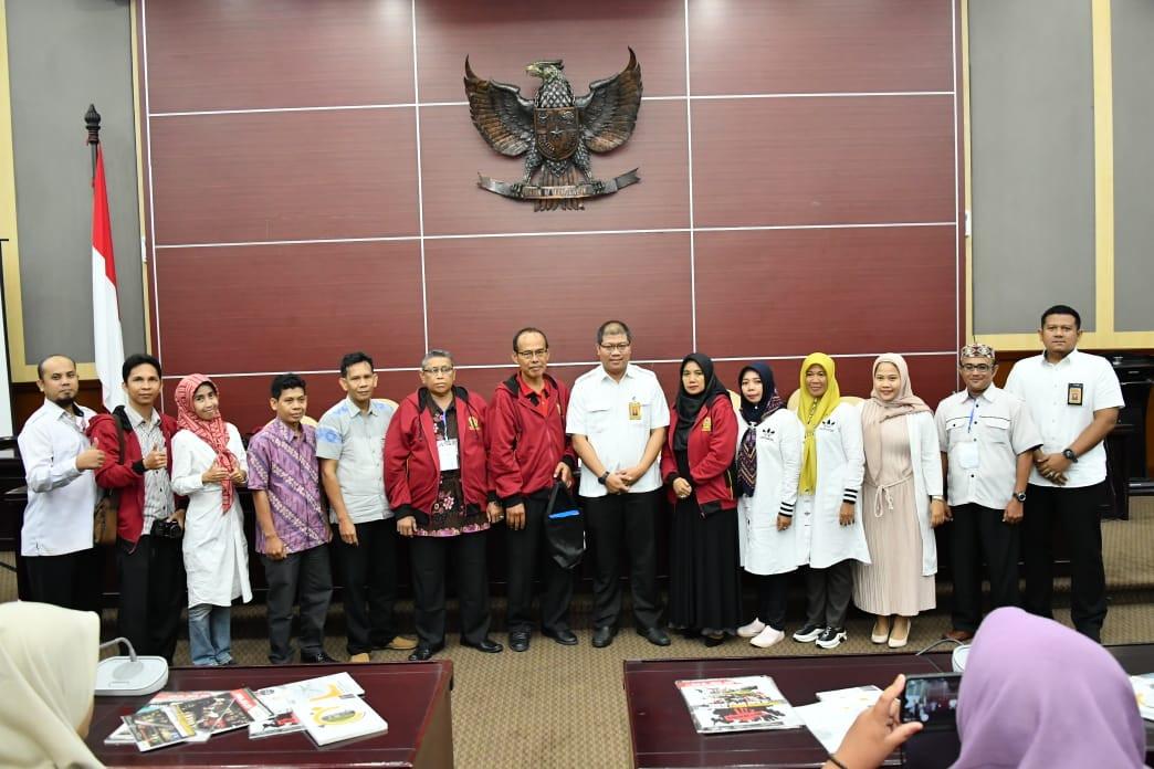 Perdalam PPKN, SMAN 1 Tanjung Batu Kunjungi MPR - JPNN.com