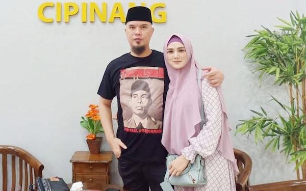 3 Berita Artis Terheboh: Jerinx Beber Isi WA dengan Dhani, Mulan Takut Suami Dipenjara Lagi - JPNN.com