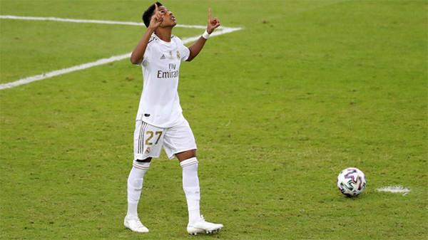 Kenapa Rodrygo yang jadi Eksekutor Penalti Real Madrid? - JPNN.com