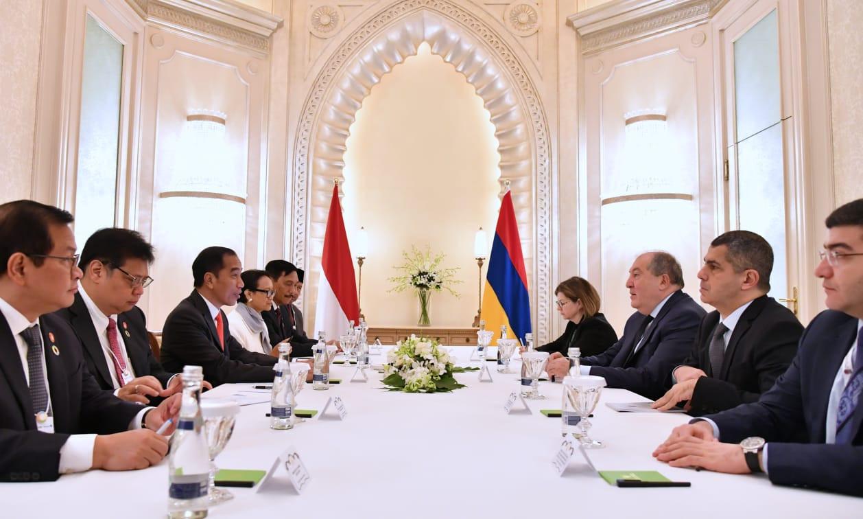 Jokowi Minta Presiden Armenia Berlakukan Bebas Visa bagi WNI - JPNN.com