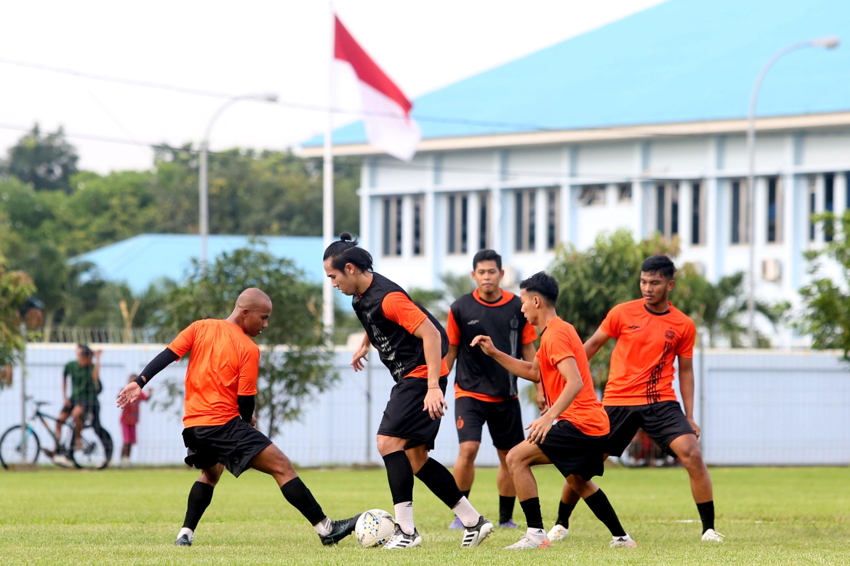 Latihan Persija Jakarta Mendadak Dihentikan