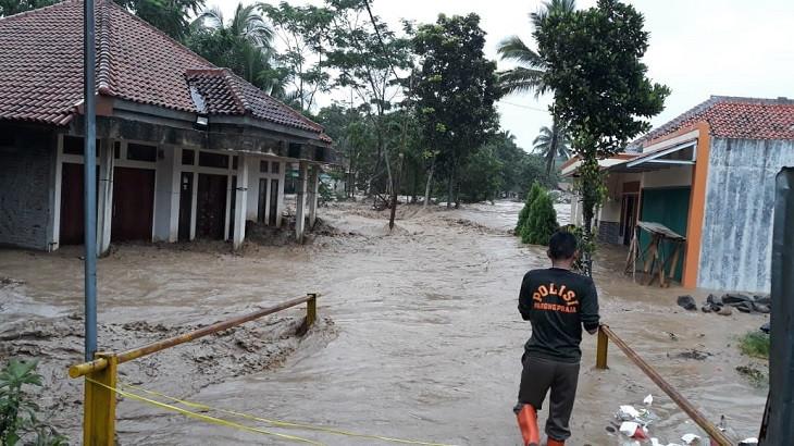 14 Hari Terkubur, Jasad Santri Korban Banjir di Jasinga Ditemukan - JPNN.com