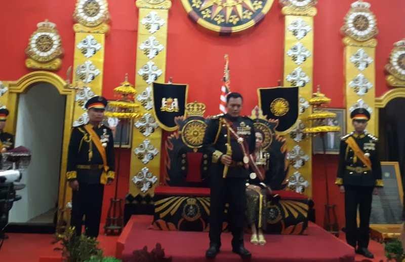 Raja Keraton Agung Sejagat dan Kanjeng Ratu Ditahan - JPNN.com