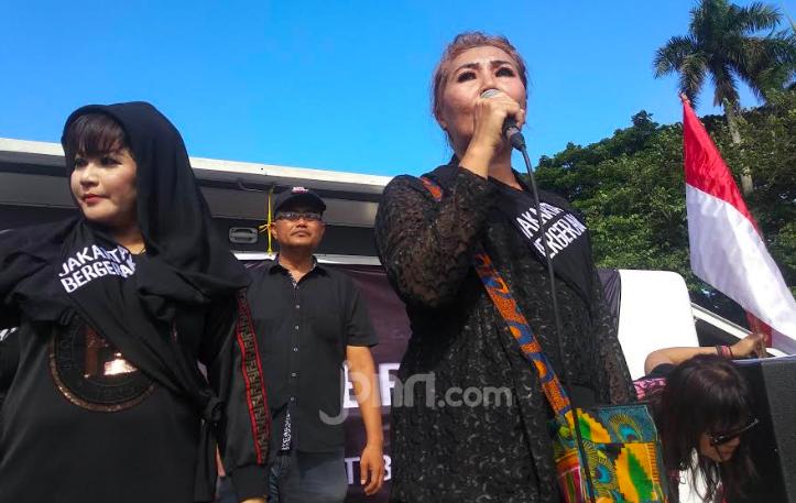 Balai Kota DKI Diserbu Warga yang Kecewa dengan Kinerja Anies Baswedan - JPNN.com