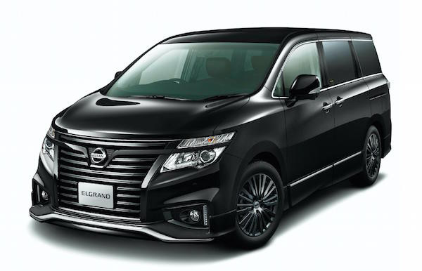 Nissan Elgrand Highway Star Jet Black Urban Siap Tantang Toyota Alphard - JPNN.com