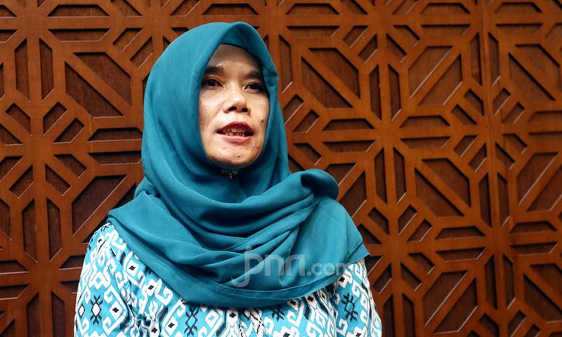 Titi Purwaningsih: Sekalian Saja Batalkan PPPK dari Honorer K2 - JPNN.com