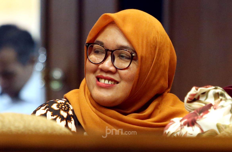 Honorer K2 Berharap Ada Kesepakatan Penting dari Senayan Hari Ini - JPNN.com