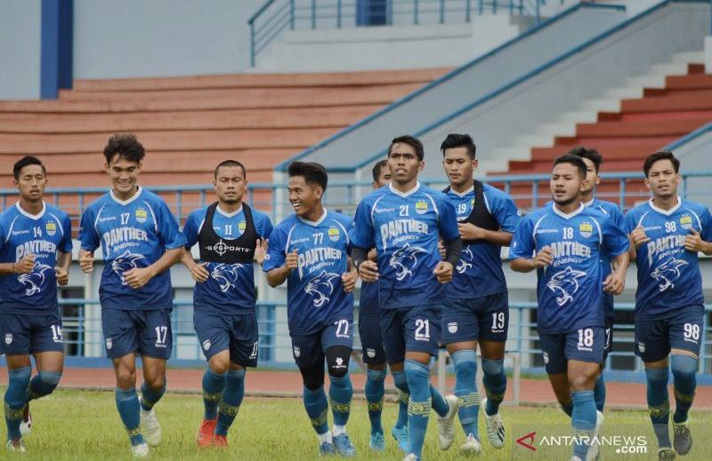 Daftar Nama 18 Pemain Persib di Asia Challenge Cup 2020 - JPNN.com