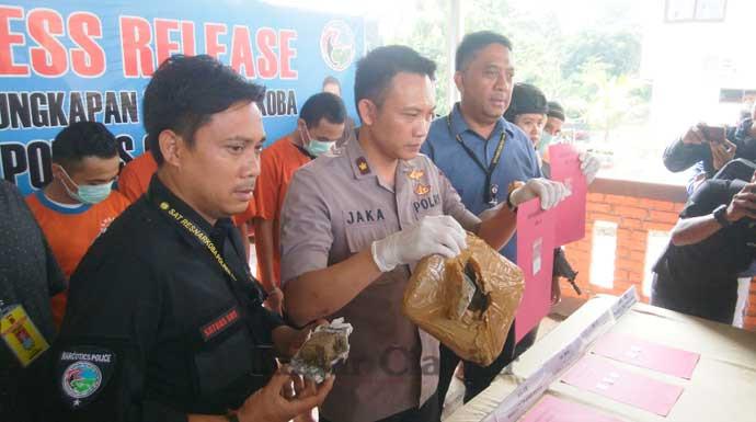 Polres Cianjur Amankan 1 Kg Ganja-15 Gram Sabu-sabu dari Jaringan Lapas