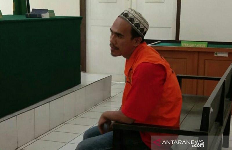Akbar Faris Dituntut Hukuman Mati
