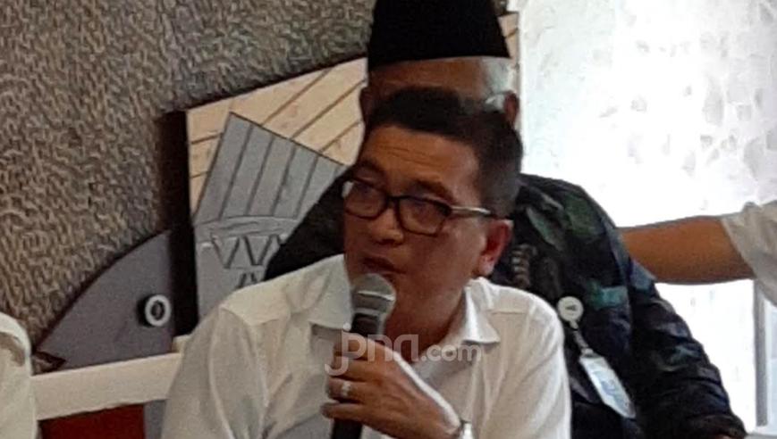 Jokowi Diminta Turun Tangan Terkait Pemecatan Helmy Yahya dari TVRI - JPNN.com