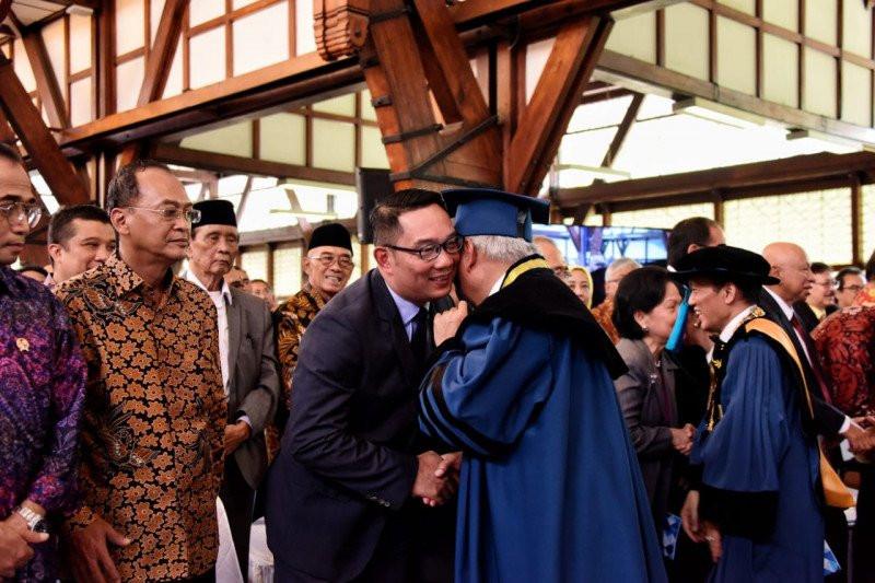 Pujian Ridwan Kamil kepada Basuki - JPNN.com