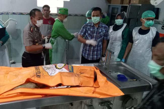 Polisi Tak Beri Ampun, Anom Langsung Ditembak di Bagian Dada - JPNN.com