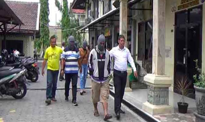 Selimut dan Alat Kontrasepsi, Saksi Bisu Penggerebekan di Kamar Terlarang - JPNN.com
