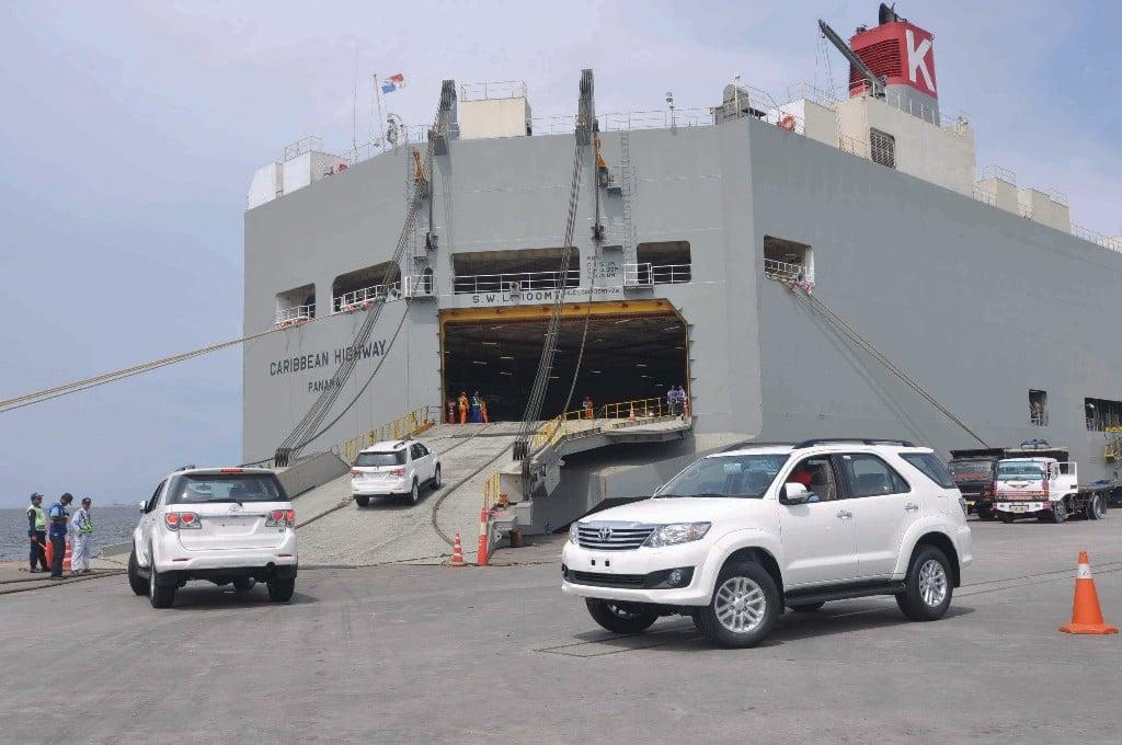 Krisis Ekonomi Global Berimbas ke Kinerja Ekspor Toyota - JPNN.com