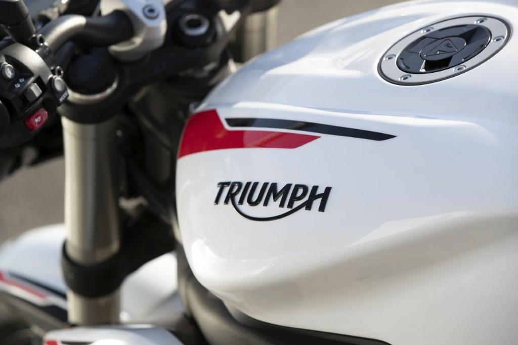 Gandeng Bajaj Auto, Triumph Akan Produksi Motor 250 Cc - JPNN.com