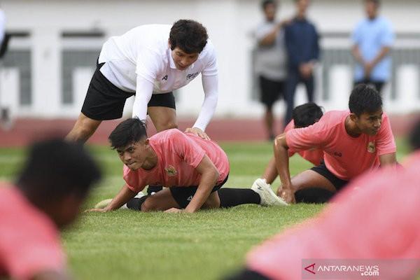 Shin Tae Yong Belum Puas dengan Kondisi Fisik Timnas U-19 - JPNN.com